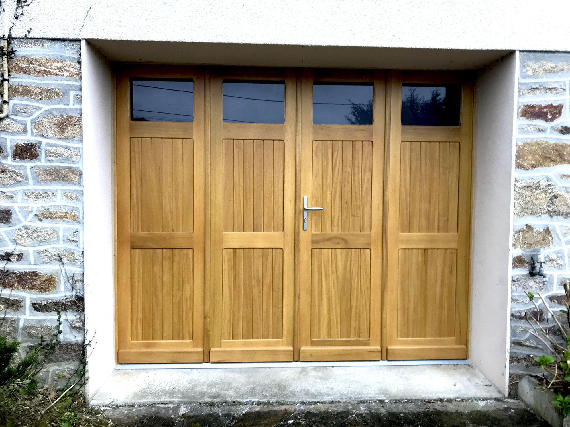 Porte de garage en bois Charente