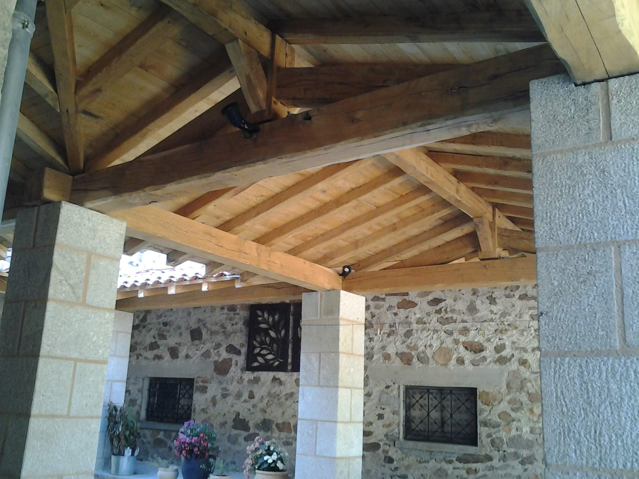 Charpente bois Charente Debessac