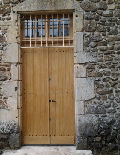 porte à Poitiers