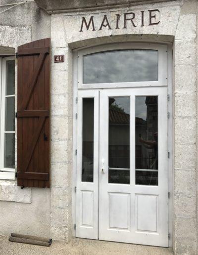 porte extérieure Charente
